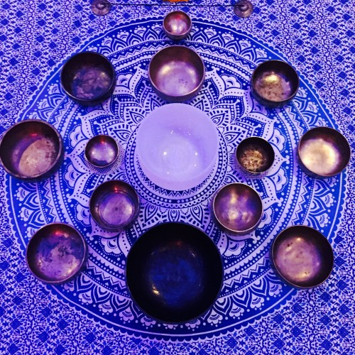 sound-bath-crystal-ashram-lee-purplebowlssmall